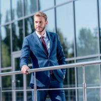 Предприниматель может получить «зарплатную» субсидию на свой личный счет физлица ГАРАНТ.РУ: http://www.garant.ru/news/1374335/#ixzz6MQzB4xz1